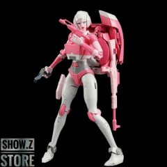 Takara Tomy Masterpiece MP-51 Arcee